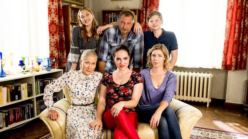 """Der Cast von """"Magda macht das schon"""""""