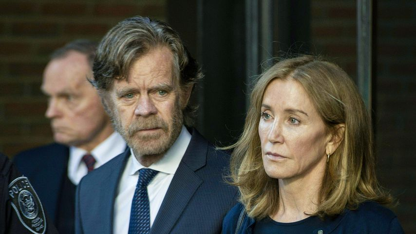William Macy und Felicity Huffman  vor Gericht in Boston