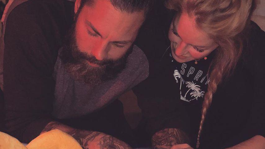 Kamille & Muttermilch: BTN-Josephines Baby nimmt erstes Bad