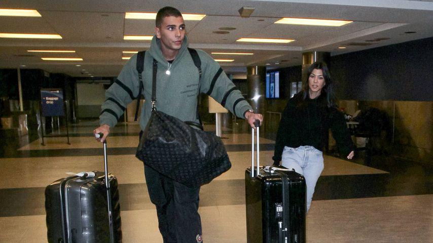 Younes Bendjima und Kourtney Kardashian am Flughafen in L.A.