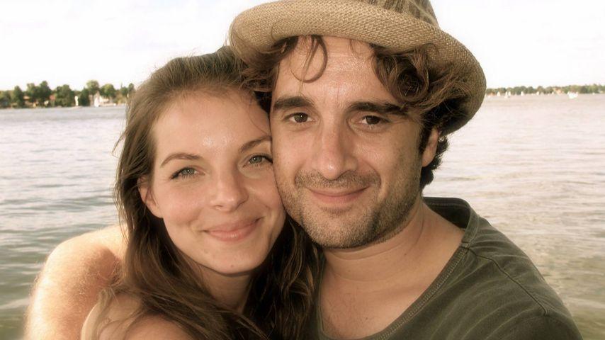 Liebes-Selfie am See: Yvonne Catterfeld feiert 8. Jahrestag