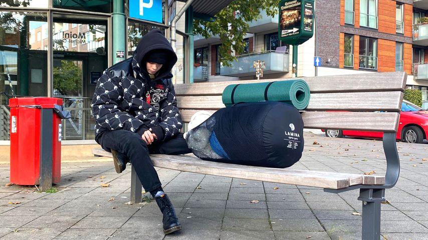 "Zoe Saip in ""Prominent und obdachlos"""