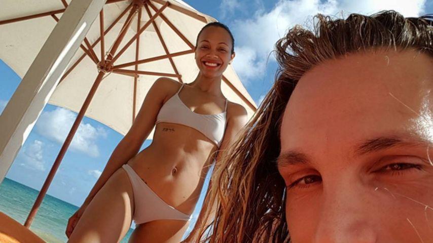 1 Jahr nach Zwillingsgeburt: Zoe Saldana zeigt Killerkurven
