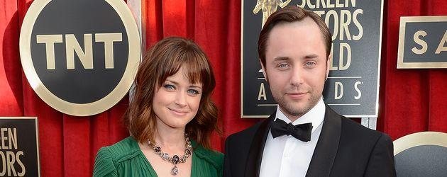 "Alexis Bledel mit Ehemann Vincent Kartheiser bei den ""Screen Actors Guild Awards"" 2013 in Los Angele"
