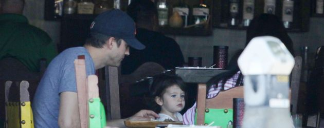 Ashton und Wyatt Isabelle Kutcher in Studio City