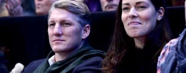 Profi-Sportler Bastian Schweinsteiger und Ehefrau Ana Ivanovic