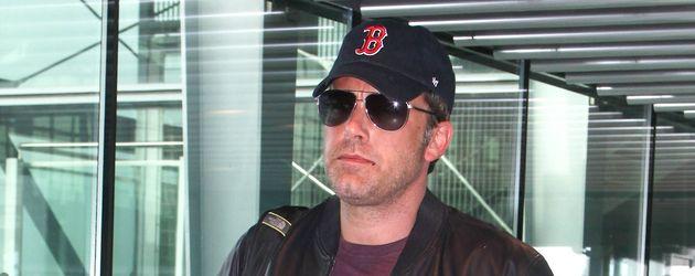 Ben Affleck am Flughafen in London