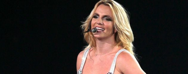 Schiefer Busen: Britney Spears will Brust-OP