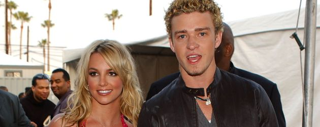 "Britney Spears und Justin Timberlake bei den ""Annual American Music Awards"" im Januar 2002"