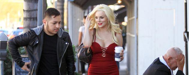 Courtney Stodden und ein Freund in Los Angeles