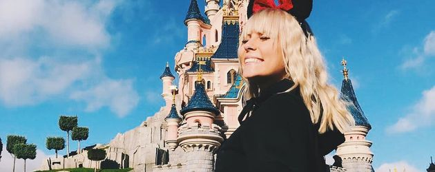 Dagi Bee im Disneyland