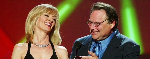 Die Schauspieler Martha Smith und Stephen Furst 2003 in Los Angeles