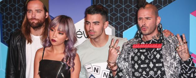 "DNCE bei den ""MTV Music Awards"" in Rotterdam 2016"