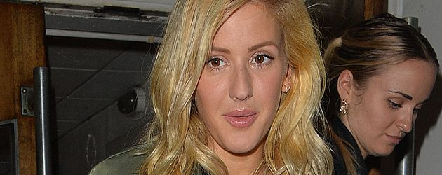 Ellie Goulding vor den BBC Maida Vale Studios in London