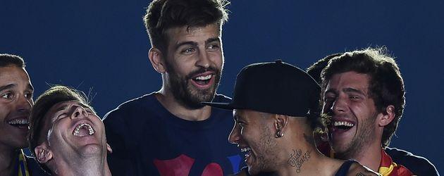 Gerard Piqué, Neymar Jr. und Lionel Messi