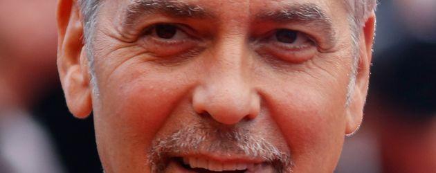 George Clooney auf dem Red Carpet beim Filmfestival in Cannes