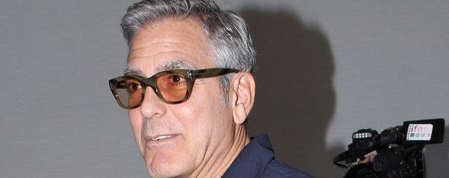 George Clooney am Flughafen von L.A.