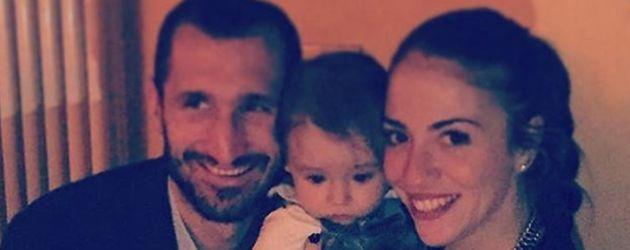 Giorgio Chiellini mit seiner Carolina und dem gemeinsamen Kind