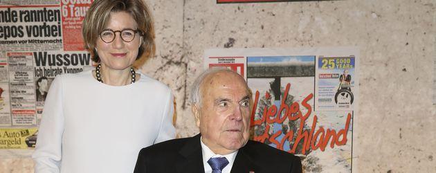 Helmut Kohl mit Ehefrau Maike beim Botschafterdinner anlässlich des Jubläums 25 Jahre Mauerfall