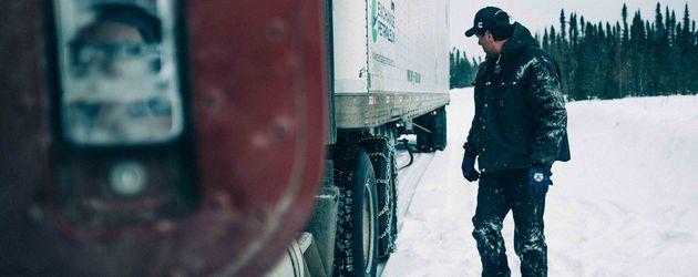 """""""Ice Road Truckers""""-Star Darrell Ward"""