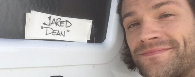 "Jared Padalecki am Set von ""Gilmore Girls"""
