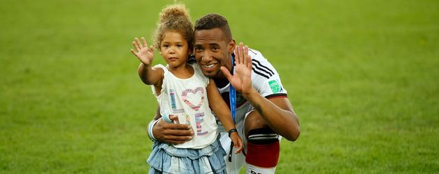 Jérôme Boateng mit seiner Tochter