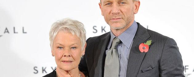 Daniel Craig und Judi Dench