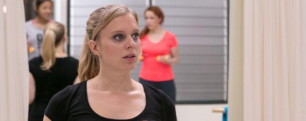 Juliette Greco als Fitnesstrainerin Lena Öztürk