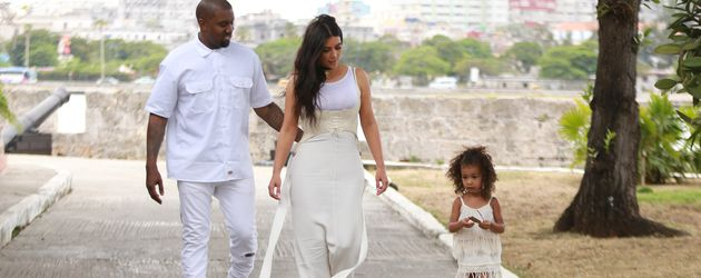 Kim Kardashian, Kanye West und North West in Kuba