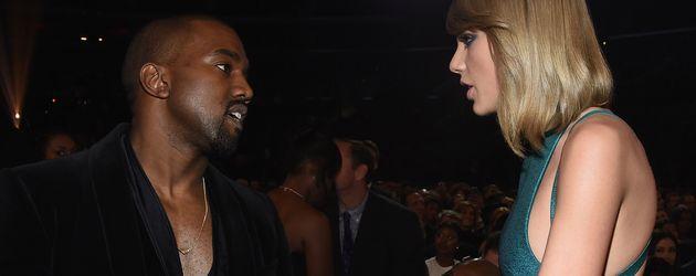 Kanye West und Taylor Swift bei den 57. GRAMMY Awards 2015 in L.A.