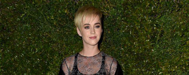 Katy Perry auf einer Party