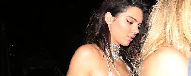"Kendall Jenner an ihrem Geburtstag im Club ""Delilah"""