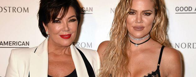 """Khloe Kardashian mit Mama Kris Jenner beim Launch ihrer Modelinie """"Good American"""""""