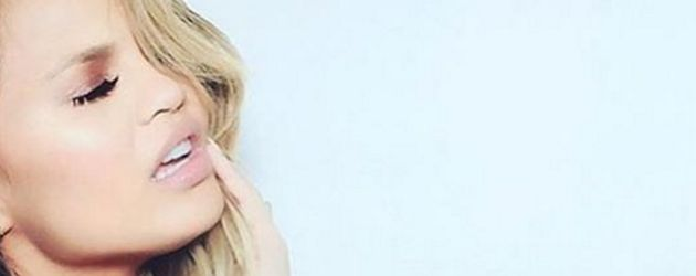 Khloe Kardashian und Chrissy Teigen