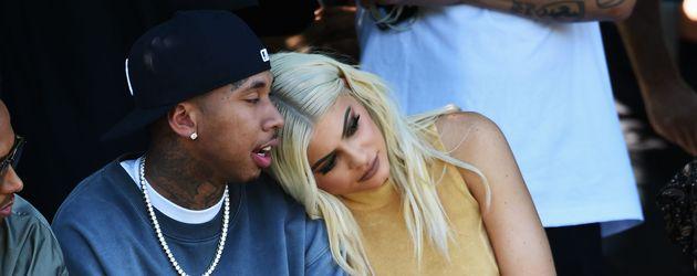 """Tyga und Kylie Jenner bei der"""" Kanye West Yeezy Season 4 Fashion Show"""""""