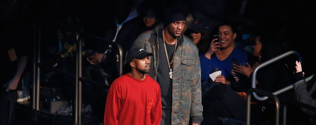 Lamar Odom und Kanye West (l.) in New York City