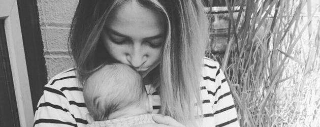 Laura Osswald mit Töchterchen Karline Ruby