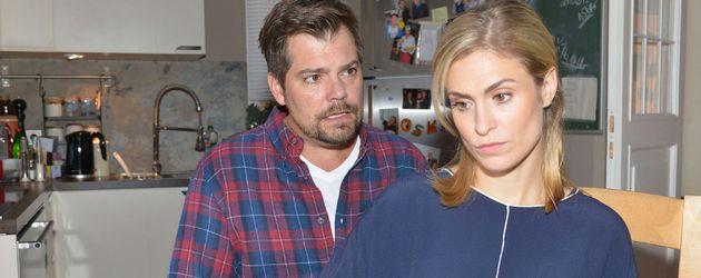 Leon (Daniel Fehlow) und Sophie (Lea Marlen Woitack) bei GZSZ