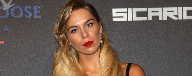 Liliana Matthäus auf dem roten Teppich in Cannes