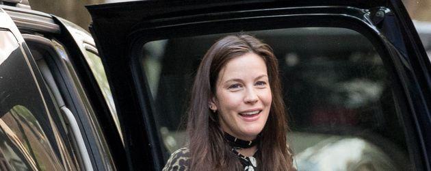 Liv Tyler hochschwanger mit Babykugel in New York