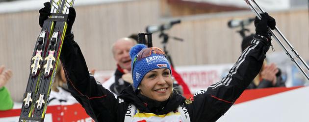 Magdalena Neuner beim Biathlon