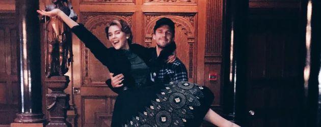 Stefanie Giesinger und Marcus Butler am Set für Netflix