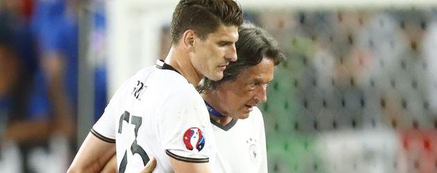 Mario Gomez beim Deutschlandspiel gegen Italien bei der Fussball-EM 2016