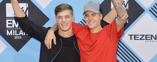Martin Garrix und Justin Bieber bei den MTV EMA's 2015