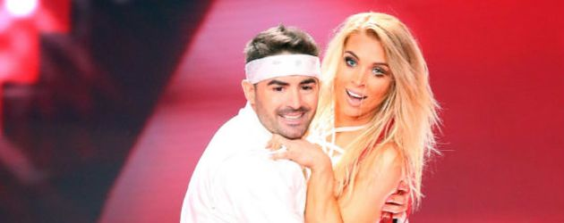 Menderes Bagci und Aneta Sablik tanzen zu 'Come On Over' von Christina Aguilera.