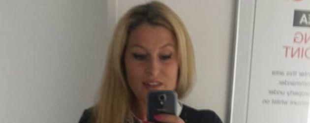Phyllis Maeter macht ein Selfie