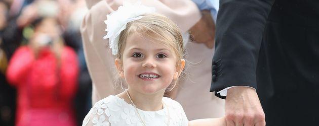 Prinzessin Estelle von Schweden an der Taufe ihres Bruders Oscar in Stockholm