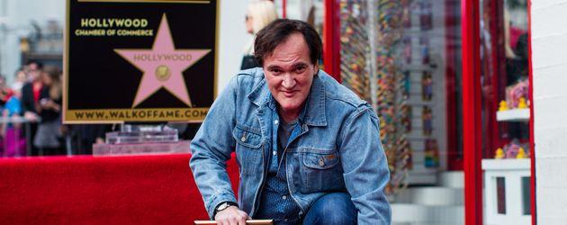 """Quentin Tarantino und sein Stern auf dem """"Walk of Fame"""""""