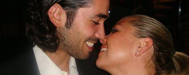 Rebecca Kratz mit ihrem Verlobten Julio