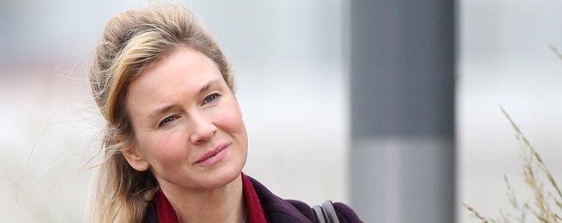 "Renee Zellweger am Set von ""Bridget Jones's Baby"" in Stratford"